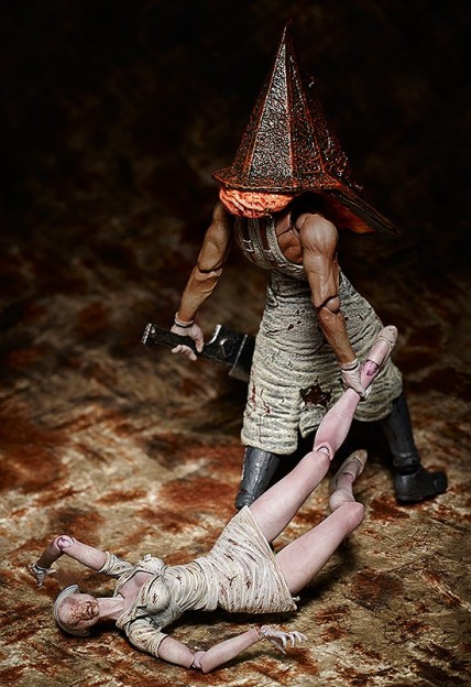 Figma Nurse and Pyramid Head