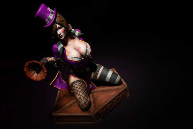"""GameStop-Exclusive 'Borderlands 2' """"Mad Moxxi"""" Statue Available For Pre-Order"""