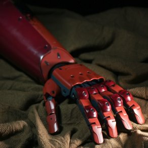MGSV Sentinel Full Scale Replica Bionic Arm 10