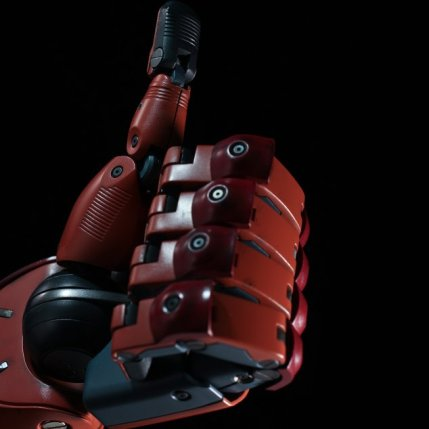 MGSV Sentinel Full Scale Replica Bionic Arm 5