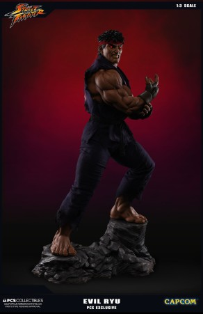 PCS Collectibles Street Fighter V Evil Ryu Statue 2