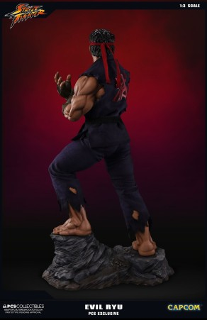 PCS Collectibles Street Fighter V Evil Ryu Statue 3