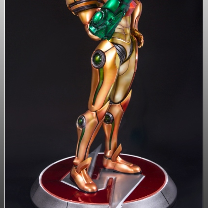 First4Figures Metroid Prime 2 Echoes Varia Suit Exclusive Edition Statue 8
