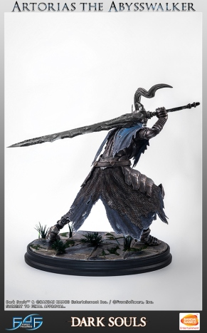 First4Figures Dark Souls Artorias the Abysswalker Statue 12