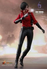 Resident Evil 6 20th Anniversary Hot Toys Ada Wong Figure 4
