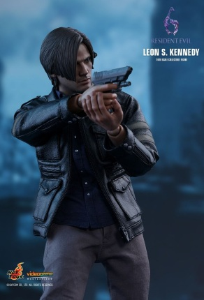 Resident Evil 6 20th Anniversary Hot Toys Leon Kennedy Figure 1