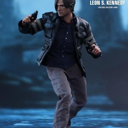 Resident Evil 6 20th Anniversary Hot Toys Leon Kennedy Figure 8