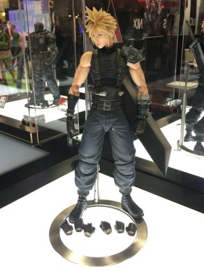 Square Enix SDCC 2016 Play Arts KAI Final Fantasy VII Remake Cloud Strife