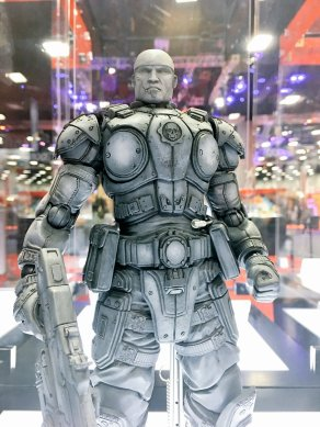 Square Enix SDCC 2016 Play Arts KAI Gears Of War 3 Marcus Fenix Prototype 2
