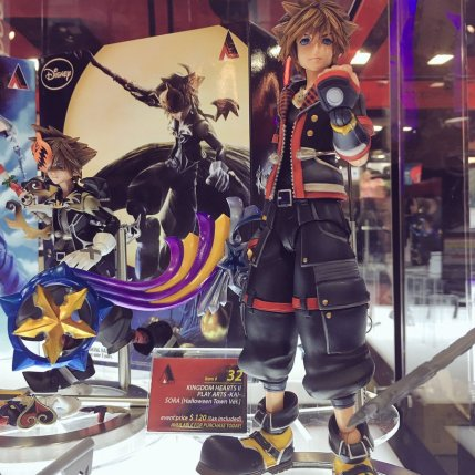 Square Enix SDCC 2016 Play Arts KAI Kingdom Hearts II Sora 1