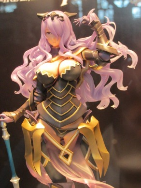 nycc-2016-intelligent-systems-fire-emblem-fates-camilla-statue-4