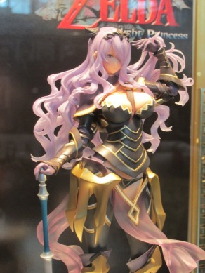 nycc-2016-intelligent-systems-fire-emblem-fates-camilla-statue-5