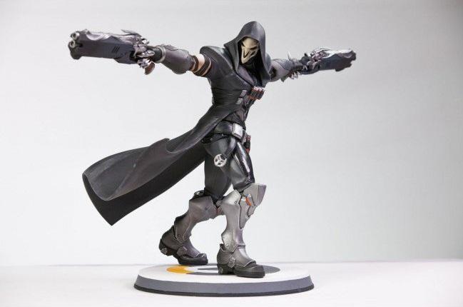 overwatch-reaper-statue-1