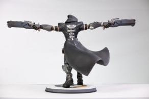 overwatch-reaper-statue-3