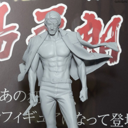 synapse-yakuza-goro-majima-figure-prototype-2