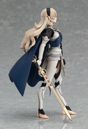 fire-emblem-fates-female-corrin-figma-collectible-5